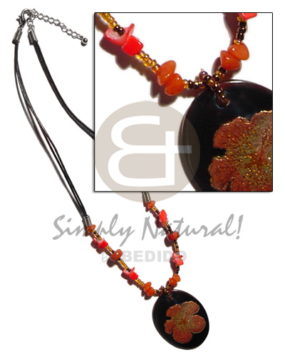 Ethnic 45mm handpainted oval blacktab in shell necklace
