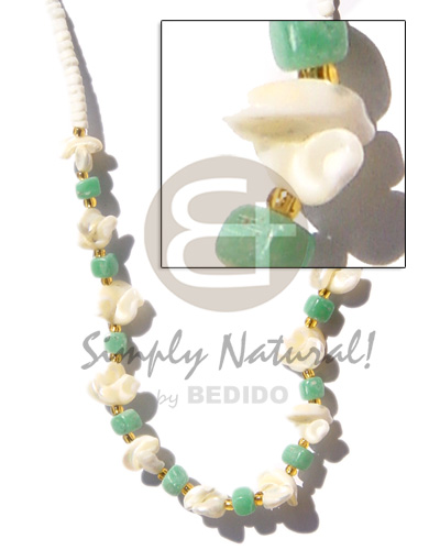 Ladies 3-4mm heishe white clam shell necklace