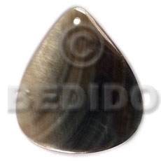 Ethnic 40mmx34mm blacklip rounded teardrop shell pendants