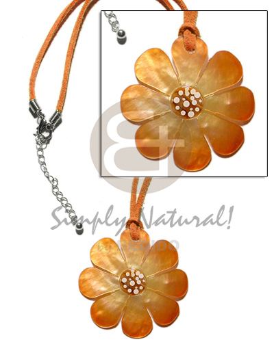 Philippines graduated orange tones hammershell flower teens necklace