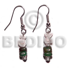 Ladies dangling crazy cut shell green horn bone earrings