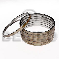 Ladies laminated brownlip in 5mm stainless inlaid metal bangles