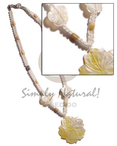 Wholesale 40mm grooved mop flower natural earth color necklace