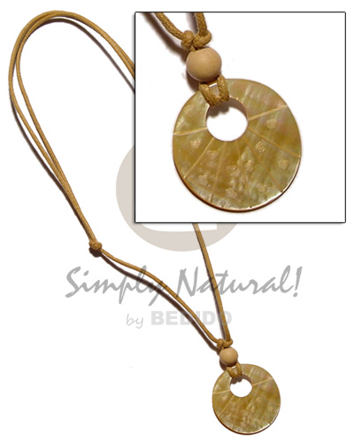 Cebu 40mm round mop in wax necklace with pendant