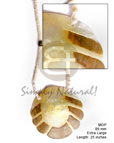 Natural 80 mm mop scallop necklace with pendant