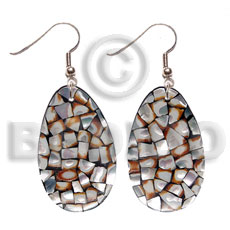 Ladies dangling teardrop 35x25mm laminated cowrie resin earrings