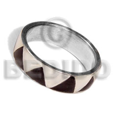 Natural inlaid hammershell in stainless 10mm rings