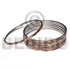 Teens laminated brownlip in 3mm stainless shell bangles