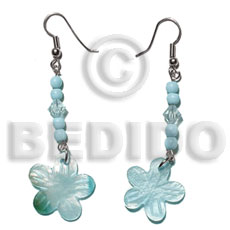Cebu dangling 20mm aqua blue hammershell shell earrings