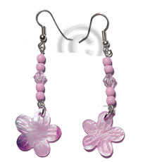 Teens dangling 20mm pastel pink hammershell shell earrings