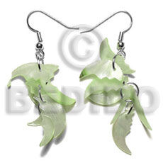 Philippine dangling 17mmx8mm pastel green hammershell shell earrings