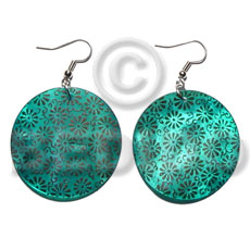 Wholesale dangling 35mm round handpainted embossed hammershell shell earrings