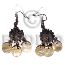 Ethnic dangling 3 pcs. 12mm round shell earrings