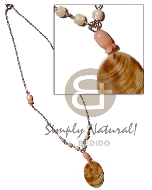 Teens 40mm melo shell pendant shell necklace
