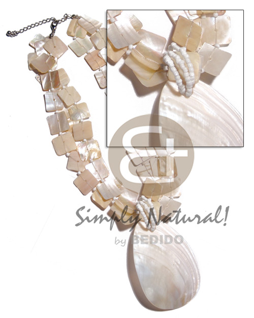 Ethnic 3 rows 15mm floating kabibe shell necklace