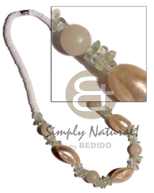 Ladies 4-5mm white clam heishe shell necklace