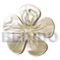 Philippine hammershell flower groove 40mm shell pendant