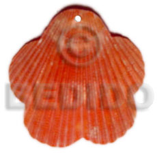 Unisex piktin scallop dyed in red shell pendants