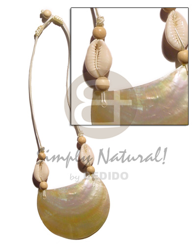 Fashion 70mmx50mm mop pendant in crème sigay necklace