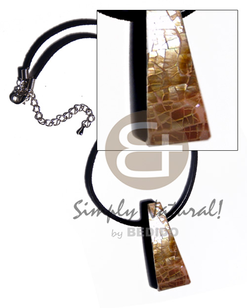Ladies 48mmx18mm triangular laminated cracking brownlip surfer necklace