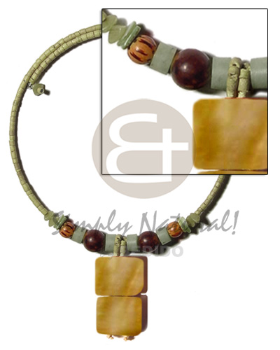 Philippine olive green 2-3mm coco heishe teens necklace