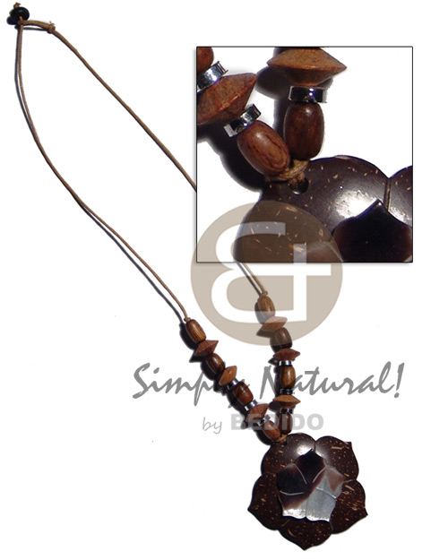 Cebu 45mm flower coco pendant wood necklace